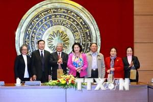 Phó Chủ tịch Quốc hội tiếp đại biểu Quốc hội Hải Dương các thời kỳ