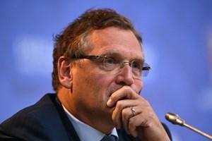 FIFA cách chức Tổng thư ký Jerome Valcke vì bê bối tuồn vé