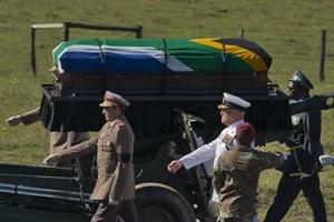 Chùm ảnh Nam Phi cử hành Lễ an táng ông Nelson Mandela