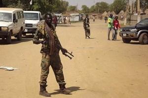 Mỹ áp đặt trừng phạt hai bên xung đột tại Nam Sudan