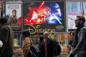 """Báo Mỹ ngạc nhiên vì """"bom tấn"""" Star Wars xếp sau phim Việt Nam"""
