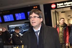 Tòa án Đức gia hạn thời gian tạm giam cựu Thủ hiến Catalonia