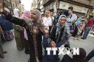 Người biểu tình Thổ Nhĩ Kỳ xông vào Lãnh sự quán Ai Cập