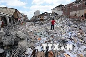 Ecuador xảy ra hơn 700 dư chấn sau trận động đất 7,8 độ Richter