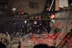 Lãnh đạo Hà Nội hỗ trợ các nạn nhân vụ sập nhà 43 Cửa Bắc