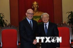 Đoàn đại biểu Đảng cộng sản Mỹ thăm và làm việc tại Việt Nam