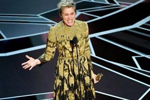 """Tượng vàng Oscar bị đánh cắp đã """"đoàn tụ"""" với chủ nhân"""