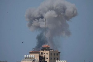 Máy bay chiến đấu Israel tấn công mục tiêu của Hamas ở Gaza