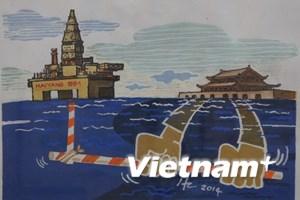 """Triển lãm tranh biếm họa chủ đề """"Hướng về Biển Đông"""""""