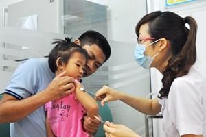 Tỷ lệ tiêm vét vắcxin sởi trên toàn quốc đạt mức 85%
