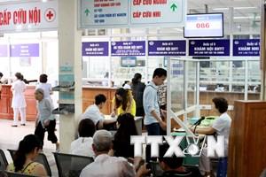 Bộ Y tế công bố lùi thời gian tăng viện phí sang năm 2016