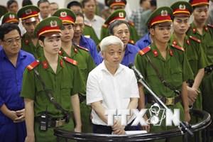 [Photo] Hội đồng xét xử tuyên phạt bầu Kiên 30 năm tù giam