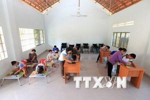 Tổ chức hữu nghị Việt-Anh tích cực ủng hộ nạn nhân da cam