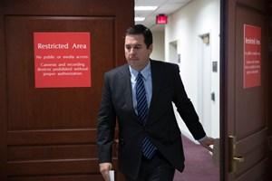 Quan chức thân cận Tổng thống Mỹ công bố tài liệu bí mật về FBI