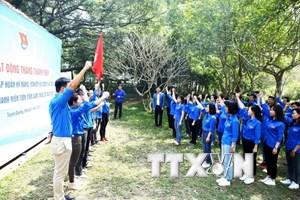 Đoàn TTXVN tuyên dương 10 thanh niên tiên tiến làm theo lời Bác