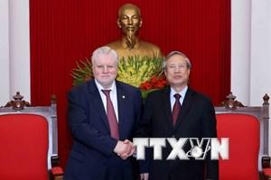 Đoàn đại biểu cấp cao Đảng Nước Nga Công bằng thăm Việt Nam