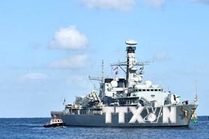 Anh giải thích việc điều tàu chiến giám sát lệnh trừng phạt Triều Tiên