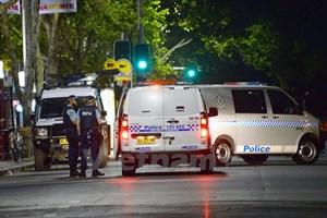 Cảnh sát tấn công quán càphê ở Sydney để giải cứu con tin