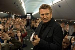 """Khẳng định """"thương hiệu Liam Neeson"""""""