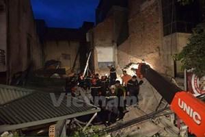 [Video] Nhân chứng kể lại thời điểm ngôi nhà số 43 Cửa Bắc bị sập
