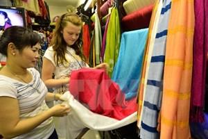 Bộ Công Thương chỉ đạo kiểm tra nguồn gốc của khăn lụa Khaisilk