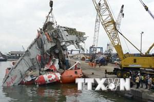 Indonesia dừng tìm kiếm thi thể nạn nhân vụ tai nạn máy bay QZ8501
