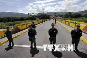 Venezuela ban bố tình trạng khẩn cấp tại biên giới với Colombia