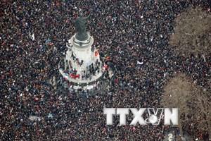 Nhiều hoạt động tưởng niệm nạn nhân vụ khủng bố Charlie Hebdo