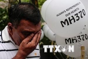Chuỗi ngày đau khổ của người thân hành khách trên chuyến bay MH370