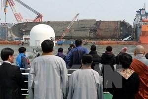 Hàn Quốc: Phà Sewol có thể sẽ được kéo lên đất liền vào ngày 10/4