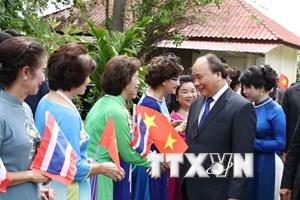 Thủ tướng gặp mặt các hội đoàn và cộng đồng Việt kiều toàn Thái Lan