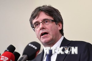 Tây Ban Nha bắt giữ các đối tượng bao che cho cựu Thủ hiến Catalonia