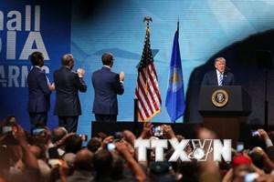 Tổng thống Donald Trump phản đối siết chặt luật kiểm soát súng đạn