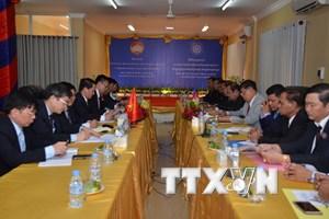 MTTQ Việt Nam và Mặt trận Đoàn kết Campuchia tăng cường hợp tác