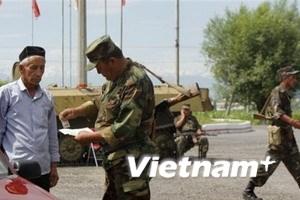 Kyrgyzstan bỏ lệnh giới nghiêm tại vùng xung đột