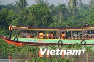 Bắt ba người liên quan vụ chìm tàu du lịch Dìn Ký