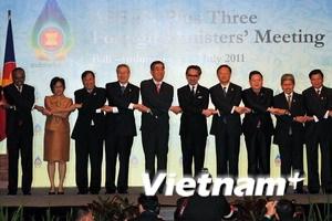 Ngoại trưởng ASEAN +3 thảo luận vấn đề quan trọng