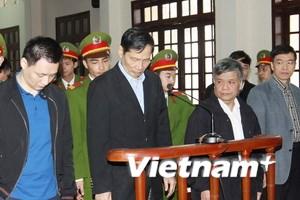 Bắt đầu xét xử chín bị cáo trong vụ án tại Vinashin