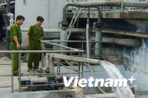 Phát hiện vụ xả trộm chất thải lớn ở Hải Dương