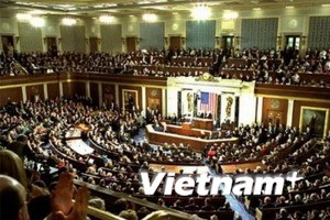 Hạ viện Mỹ thông qua dự luật về mức trần nợ công