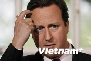 Thủ tướng Anh họp khẩn đối phó bạo loạn London