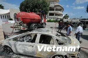 Mỹ yêu cầu nhân viên sứ quán rời Tunisia và Sudan