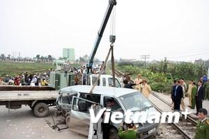 Hỗ trợ các nạn nhân vụ tai nạn đường sắt ở Hà Nội