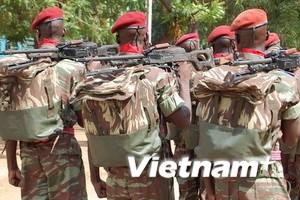 Binh sỹ nổi loạn ở Burkina Faso chiếm một thị trấn