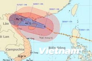 Bão cách bờ biển Quảng Ninh-Nam Định 700km