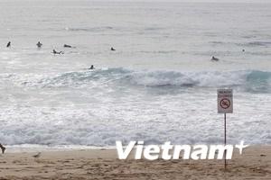 Sóng thần tràn sang châu Á với tốc độ máy bay