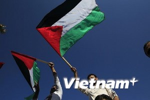 Cờ Palestine tung bay