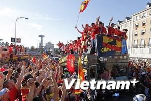 Hàng triệu người đón tuyển Tây Ban Nha trở về