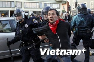 """Mỹ: Thêm 85 người """"Chiếm lấy Phố Wall"""" bị bắt giữ"""