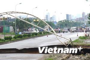 Hà Nội: Đường Lê Văn Lương kéo dài bị xẻ làm đôi